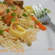 Ryż po chińsku z łososiem