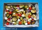 """Zapiekanka """"Trzy sery"""" z bakłażanem, pomidorkami i młodymi ziemniakami"""
