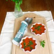 Zupa z pora, pomidorów i soczewicy z serwatką