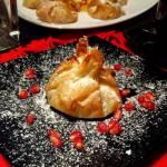 Paczuszki z ciasta filo z owocami