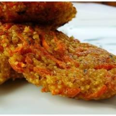 kotlet jaglany z marchewki