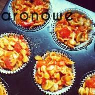 Makaronowe muffiny pizzowe