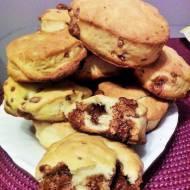 Ciasteczka drożdżowe z czekoladą
