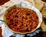 Razowe świderki w sosie mocno pomidorowym