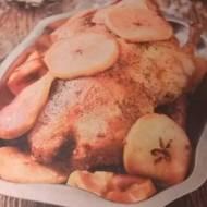 Kaczka pieczona z jabłkami