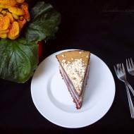 Ciasto chałwowo-wiśnione na czwarte urodziny bloga