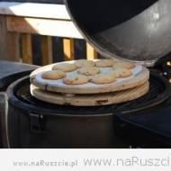 Zaskakujący pomysł na weekendowego grilla – Ciasteczka owsiane z grilla