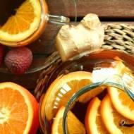 Rozgrzewająca herbata z pomarańczą, imbirem i liczi