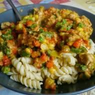 Szybki kurczak z warzywami (z mrożonki)