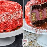 Wymyślny tort RÓŻE z owocowym kremem
