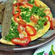 Omlet z jarmużem i serem solankowym (o poranku)