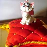 Tort w kształcie poduszki