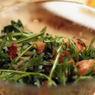 Co zjeść na walentynkową kolację będąc na diecie? – sałatka cytrusowa