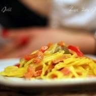 Co zjeść na walentynkową kolację będąc na diecie? – szybkie danie główne – łosoś z warzywami