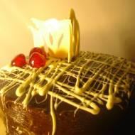 Tort potrójnie czekoladowy