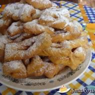 Włoskie faworki cytrynowe