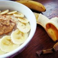 Bananowa owsianka z masłem nerkowcowym