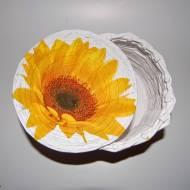 COŚ Z NICZEGO - Mały wiklinowy koszyczek w słoneczniki - KROK PO KROKU