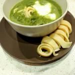 Zupa szpinakowa z naleśnikami