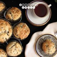 Muffins with feta cheese and black olives