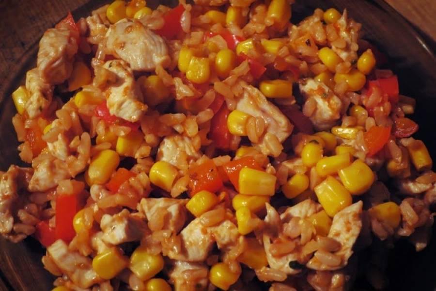 Indyk po meksykańsku (porcja - ok. 410 kcal)