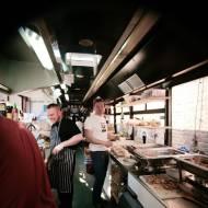 Food Truck czyli Wrocławscy Ulicożercy / Festiwal Food Trucków i Zacnego Piwa