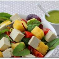 Sałatka z tofu i ananasem oraz winegret z kiwi
