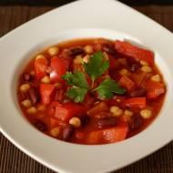 Pikantna zupa z ciecierzycy i fasoli