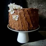 Idealny tort czekoladowy z karmelem, solą morską i prażonym sezamem. I konkurs dla kochających czekoladę.