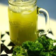 Curly kale smoothie