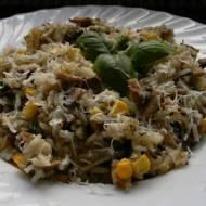 Zapiekanka ryżowa z pieczarkami, kukurydzą i groszkiem (bezglutenowa)