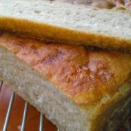 chleb orkiszowy na zakwasie --- pane a lievitazione naturale di farro