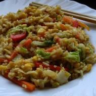 Ryż po kantońsku (bezglutenowy + wersja wegańska)