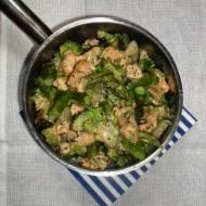 Zielona potrawka z kurczakiem