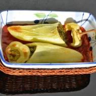 Faszerowana węgierska papryka ze szpinakiem i mięsem z indyka