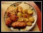 Pomysł na obiad- Medaliao z sosem serowo- musztardowym i  surówką z pora i marchewki ;)