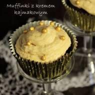 Muffinki z kremem kajmakowym