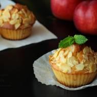 Muffiny z nektarynkami