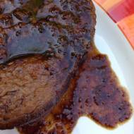 Pikantny sos barbecue na bazie piwa korzennego