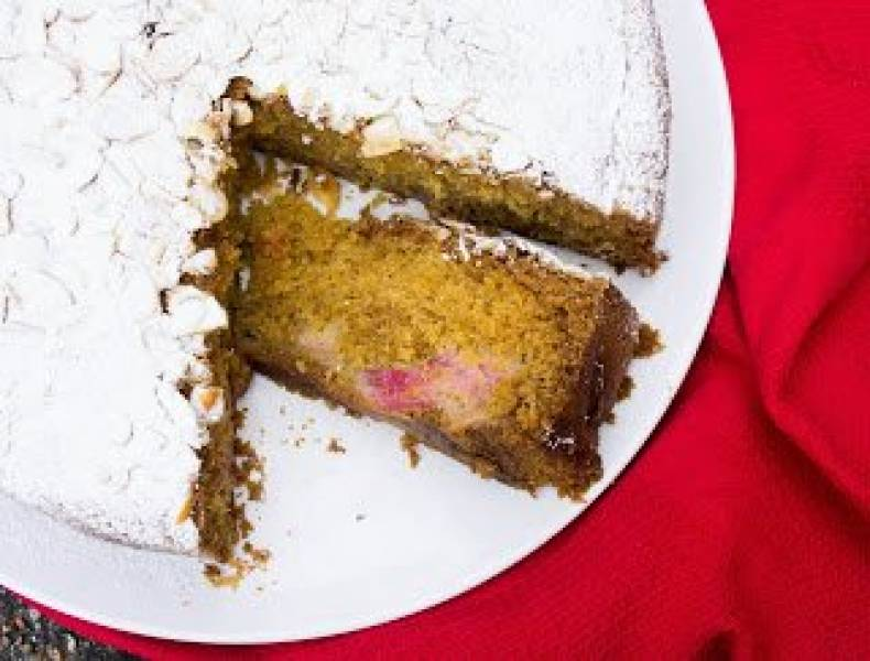 Proste i szybkie ciasto z rabarbarem.