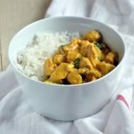 Curry z kurczaka z mlekiem kokosowym i świeżym imbirem