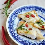 Ryba z grilla w chilli i rozmarynie
