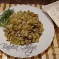 Ziemniaki Smażone na Patelni z Piersią Kurczaka
