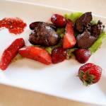 Słodko-słono | Wątróbka z truskawkami i jabłkami na winie