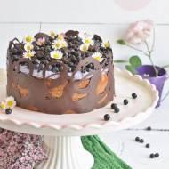 Jogurtowe ciasto z kremem kokosowo-jagodowym i czekoladą
