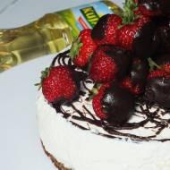 Sernik na zimno truskawka w czekoladzie