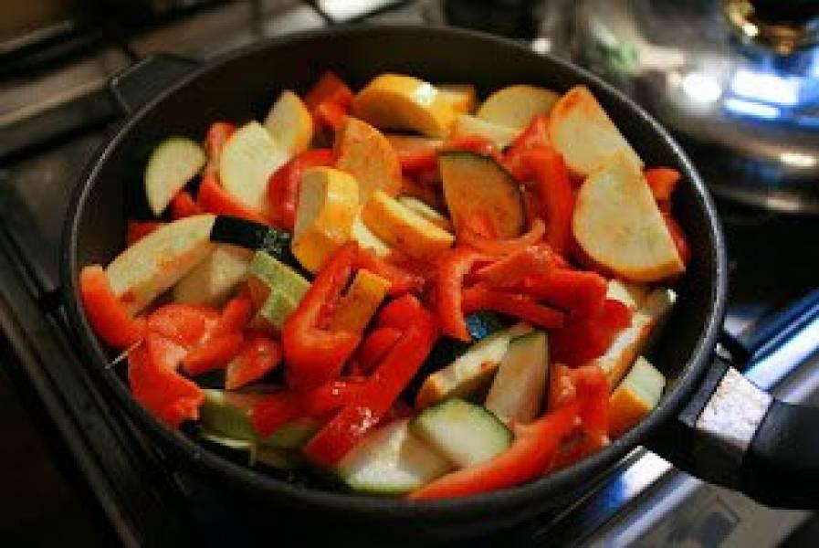 Przepis Na Vegetarianskie Dietetyczne Leczo Prosty Przepis Dieta