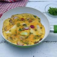 Omlet (frittata) z młodymi warzywami