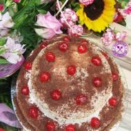 Tort piętrowy – typu szwarcwaldzkiego z kremem kukułkowym
