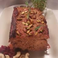 Klasyczny pasztet mięsny z pistacjami i żurawiną
